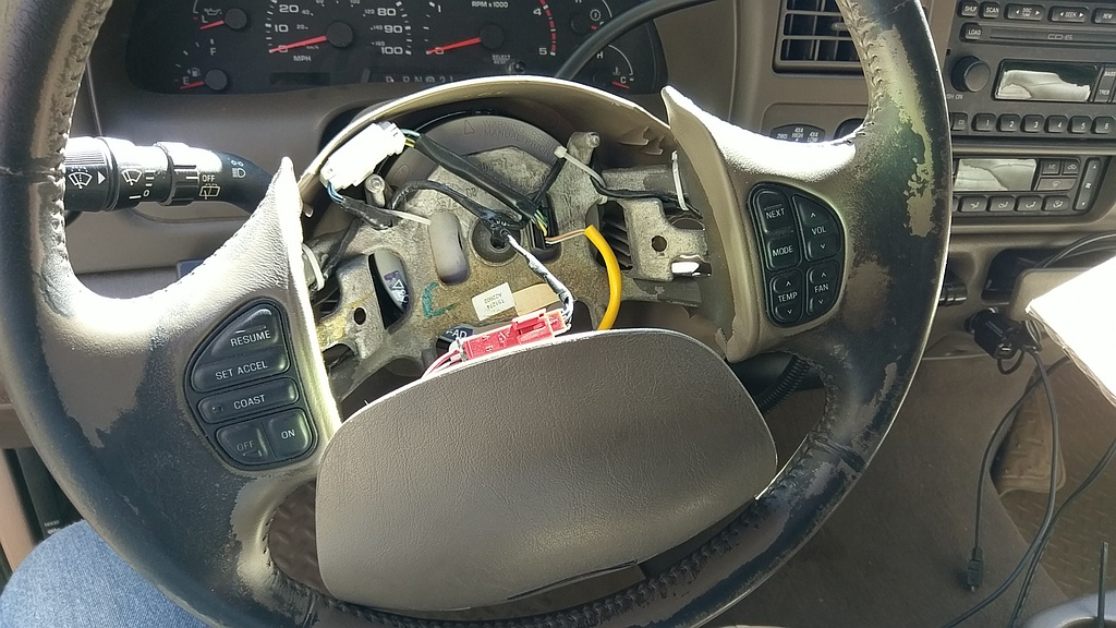 Excursion and Super Duty Steering Wheel Replacement