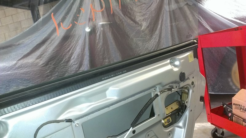 Porsche Boxster - Door Part Removal