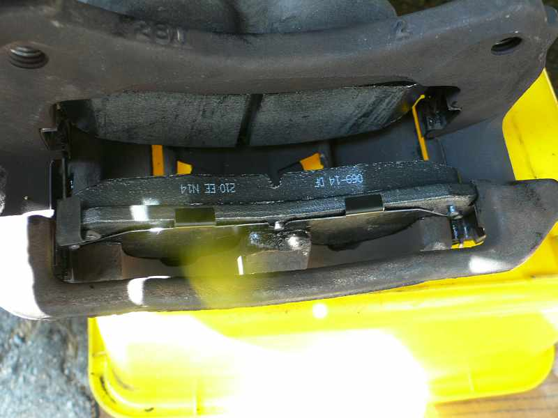 Ford Explorer Both Pads Installed