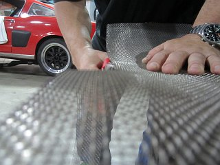 Fastback Mustang - Cutting Stainless Mesh